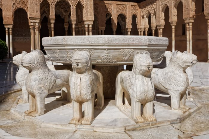 Alhambra completa: Ticket con Guía Oficial  (Visita Privada)